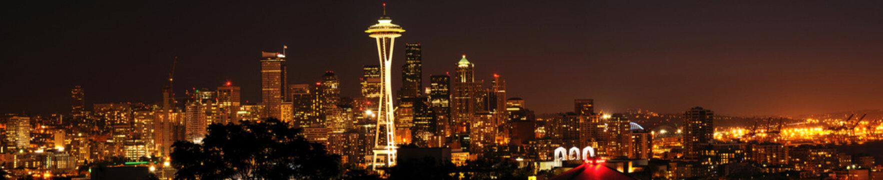 Beautiful panorama of Seattle downtown