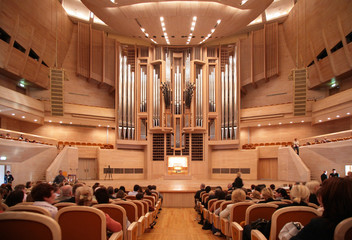 Fototapeta Concert hall with organ obraz