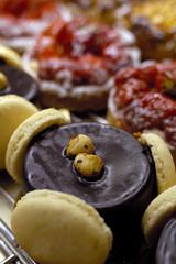dessert aux macarons et chocolat