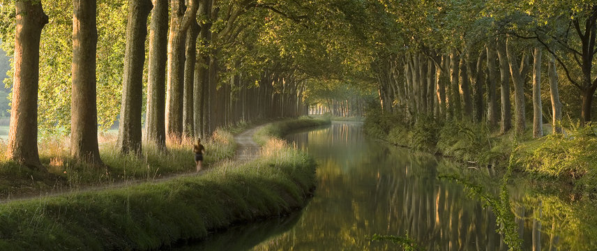 Panoramic scene of Le Canal du Midi, Toulouse