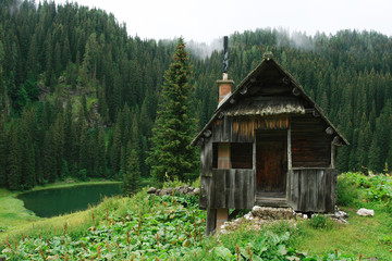 The Cabin with lake in Julian Alps