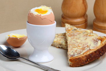Soft bolied egg with wholemeal toast