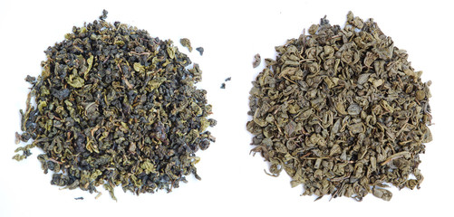 Two kinds of aromatic tea leaves - oolong and green tea.