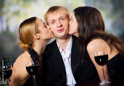 фото 2 парня 2 девушки