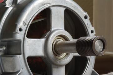 Motor mit Welle