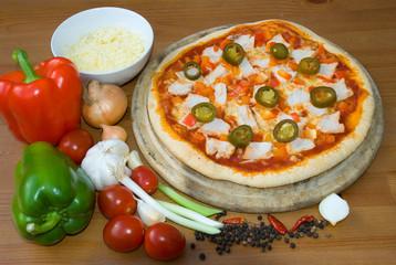 leckere pizza mit jalapenos