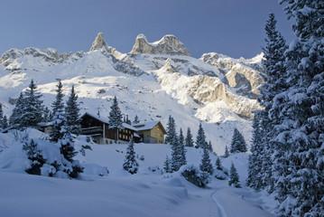 Lindauer Hütte mit Drei Türmen
