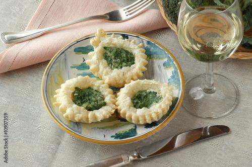 Cestini di sfoglia ai broccoli - Antipasti - Cucina del Veneto ...