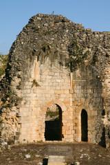 vestiges de la tour du château médiéval des Rudel à Blaye