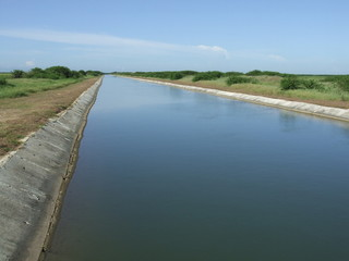 Canal of a water reservoir