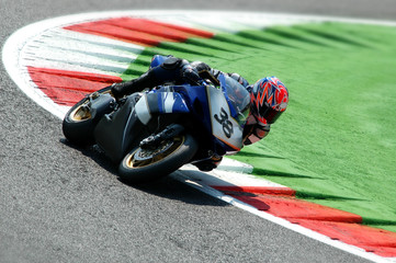 prove superbike in circuito