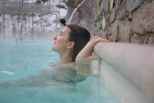 Femme au bain chaud
