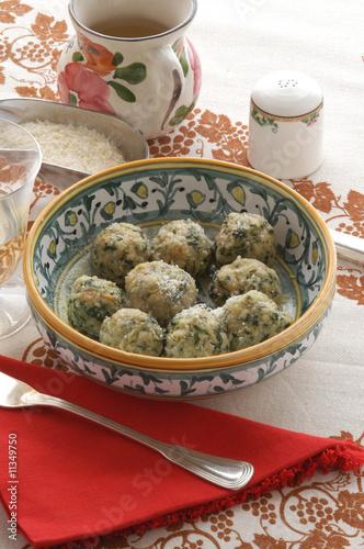 Strangolapreti primi piatti cucina del trentino alto for Cucina trentino
