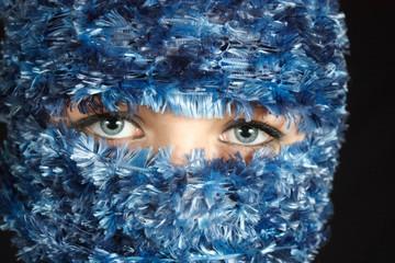 33_Blue Eyes in Blue Veil