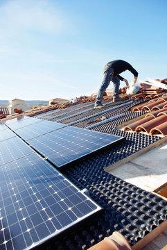 Toit en panneaux photovoltaïque