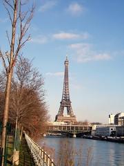 Hiver et Tour Eiffel
