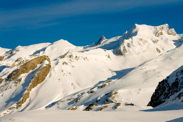 Pirineos en la Frontera España-Francia
