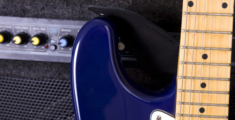Poker guitar amplifier