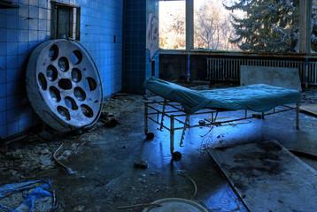 Foto auf Acrylglas Altes Beelitz-Krankenhaus OP