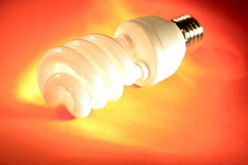 Power-saving light bulb