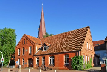 Burgwedel, Volkshochschule