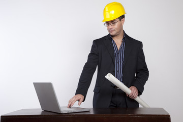 Buscar fotos ingeniero trabajando for Ingeniero arquitecto