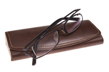 spectacles on closed etui