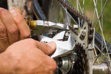 réparer un vélo