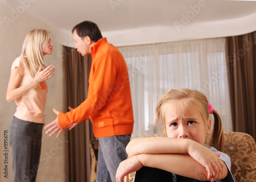 смотреть как мама и папа бут доч ремнем видео