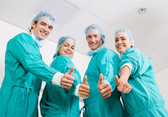 medical doctors thumbs up