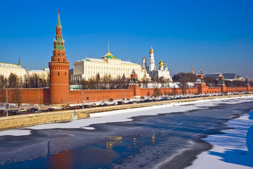 Fototapete - Moscow Kremlin in winter