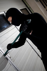 robber violation property stealing the house