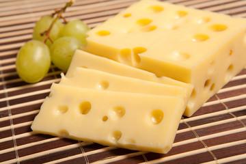 käseschnitte mit trauben