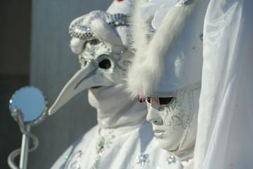 maschere bianche al carnevale di Venezia