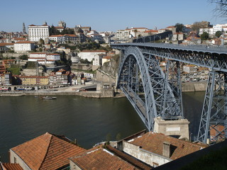 puente Dom Luis, simbolo de Oporto (Portugal)
