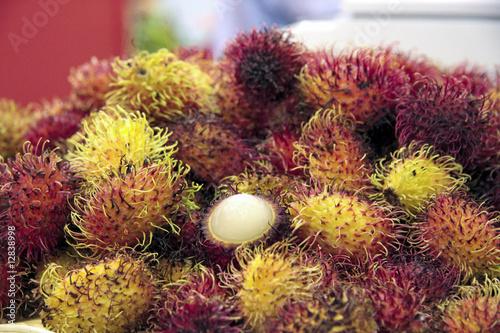 Ramboutan fruit exotique photo libre de droits sur la - Image fruit exotique ...