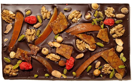 Tablette de chocolat avec mendiants