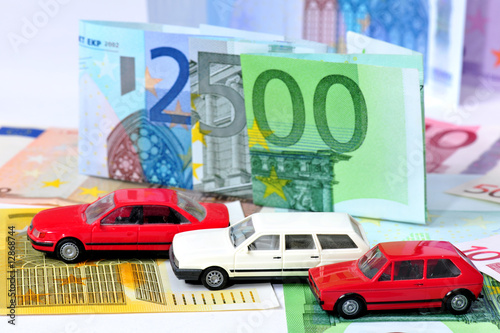 Abwrackprämie 2500 Euro Stockfotos Und Lizenzfreie Bilder Auf