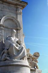 Queen Victoria Statue in London