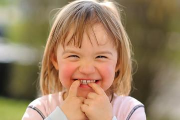 Mädchen lachend