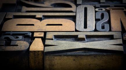 letter wood 6
