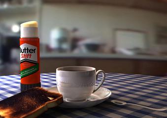 Frühstück mit Toast und Butter