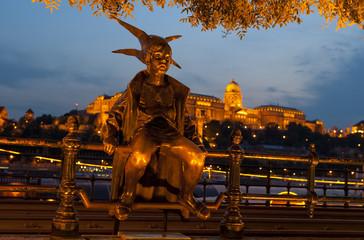 Metallic sculpture on the Dunakorzo, Budapest
