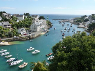 Le joli port de Doëlan en Bretagne