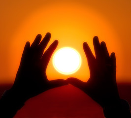 Sun into hands