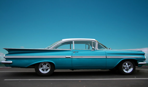 Classic fifties cruiser with copy space