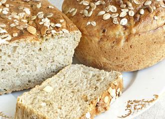 Oniony bread