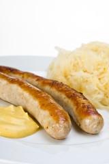 Bratwurst, Senf und Sauerkraut
