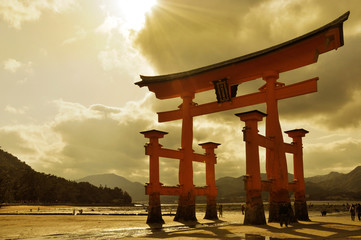 Fototapeten Japan Great torii at Miyajima