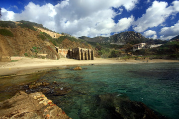 Sardegna; una piscina naturale.